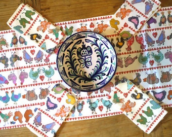 Chicken table runner- colorful table runner - Hen Table decoration - Cotton table runner - Why did the chicken?  Home ware in country style