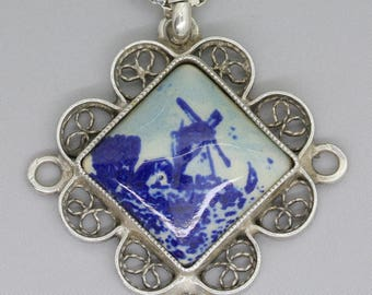Vintage silver Delft blue necklace with windmill/Porcelain jewelry/Delft blue porcelain/Dutch necklace/something blue/ceramic pendant/