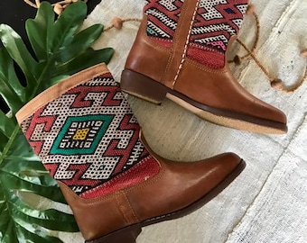 Vintage Leather Booties with Kilim Detailing / Flat Boho Cowgirl Boots