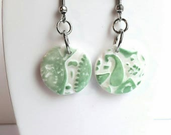 Earrings green and white lace effect