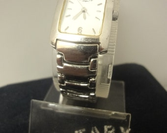 Ladies attractive  Rotary stainless steel bracelet watch nbr PO01843