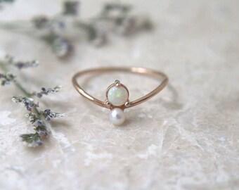 Opal & Pearl Ring
