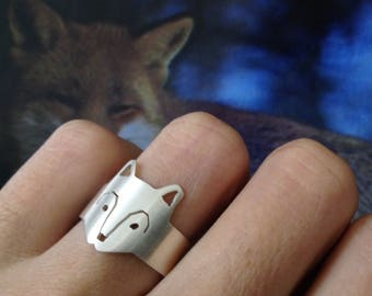 wolf in adjustable ring, adjustable wolf ring in silver, adjustable wolf ring in silver