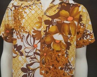 Vintage 60s TIKI Hawaiian Barkcloth Shirt Mid Century Slide Pocket Hoop Collar Made in Hawaii HAWAII NE Floral M