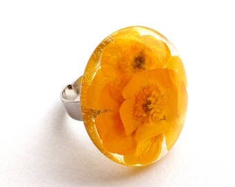 Resizable, Real Flower Ring, Flower Ring, Buttercup Ring, Flower Resin Ring, Resin Flower Ring, Pressed Flower Jewelry, Buttercup Resin Ring