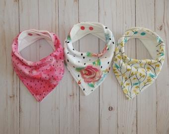 Baby girl bandana bibs, Bandana bibs girls, Floral bibs, bandanas, bandana bib set, Drool bibs, Baby shower gift