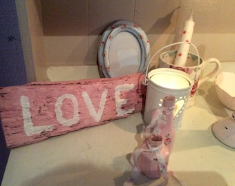 Pink reclaimed wood sign LOVE sign handpainted distressed sign / plaque