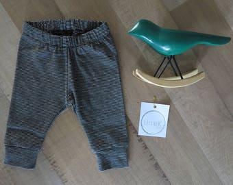 Grey/ Black stripped cuffed leggings