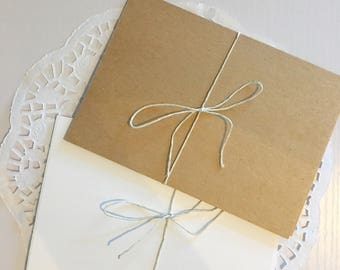 Pack of 10 blank cards on kraft card or textured white card 420x297mm