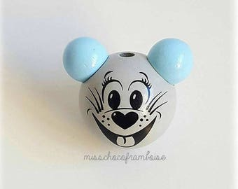 Wooden 3D mouse head bead