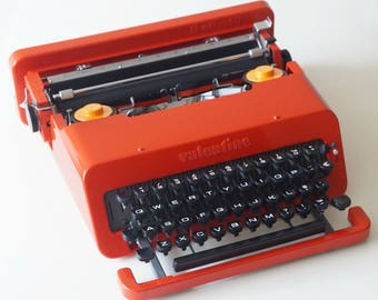 Olivetti Valentine Typewriter. Pristine Condition!