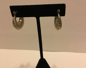 "925 Scalloped Sterling Silver Hoops 1""x1"""