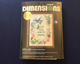 """Dimensions : """"Joy is love when it's shared"""" Crewel kit. New in original packaging."""