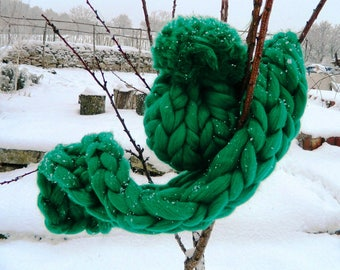 Chunky Green Scarf. Oversize Knit Scarf. Bulky Green Tick Scarf. Arm Knit Scarf. Merino Giant Chunky Scarf. Gift for Women. Christmas Gift.