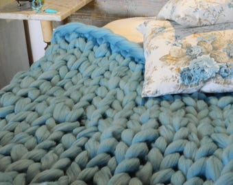 Oversize Sky Blue Blanket. Wool Chunky Arm Knit Throw. Giant Merino Knit. Wool Knit Rug. Valentine's Day Gift Housewarming gift Wedding gift