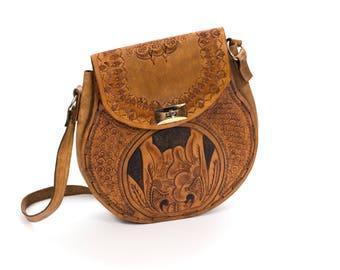 Vintage 1970's Handtooled Tan Leather Handbag