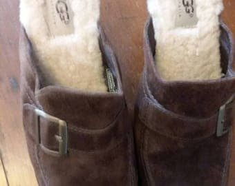 Vintage Ugg Mules clogs Suede  chocolate brown with buckle