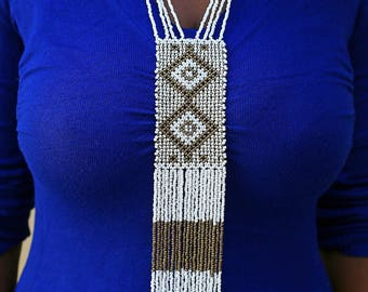 White and gold maasai beaded necklace
