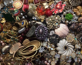 3 + Lbs Beautiful Lot of Broken Jewelry for Repair, Parts or Craft #2