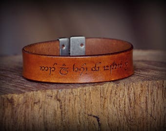 Personalized leather wrist band, Women's Leather Bracelet, Men's Leather Bracelet, Leather Jewelry, Leather Cuff