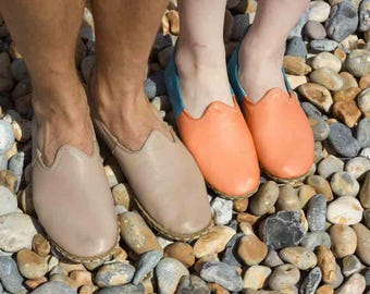 Women Leather Handmade Shoes/Slippers