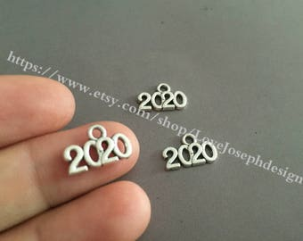 wholesale 100 Pieces /Lot Antique Silver Plated 13mmx9mm small  2020  charms  (# 0155)