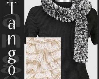 1 ball of yarn to scarf Lammy TANGO ivory /DORE