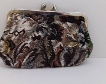 Small carpet purse with two pockets