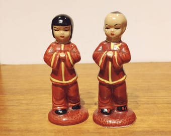 Vintage Chinese Asian Ceramic Boy and Girl Pair Couple Figurines