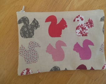 "Mothers pouch linen ""squirrels"""