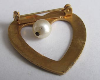 Vintage Cute little heart with charm Brooch Pin