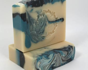 Luxury Mens Bar - Handmade - Artisan Soap - Goat Milk Soap - Mens Fragrance - Clean and Fresh Scent - Mens Gift