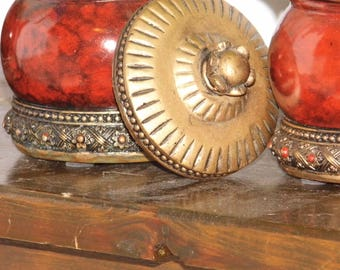 3 Charming round Boho storage containers - Jars - each with a lid in 2 different sizes - Worldwide Priority Shipping!