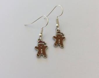 Schattig gingerbread man oorbellen / gingerbread man juwelen / kerst oorbellen / Kerstmis sieraden / gift van Kerstmis