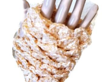 Fingerless Gloves - Crocodile Stitch