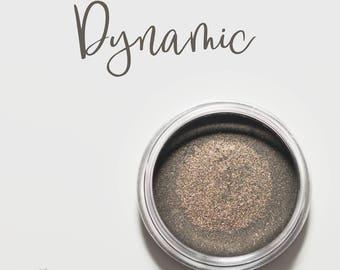 Organic Mineral Eye Shadow in Dynamic