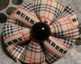 Burberry pinwheel bow, petite