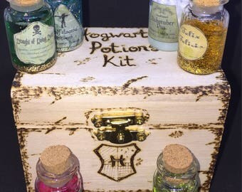 Harry Potter Hogwarts Potion Kit. Six Potions in a Wood Burnt / Pyrography Box. Can be Personalised. Felix Felicis, Veritaserum and More!