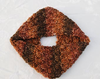 Chunky Handknit Cowl/Infinity Scarf/Loop Scarf/Circle Scarf/Warm Brown Shades/Unique  Valentine's Gift