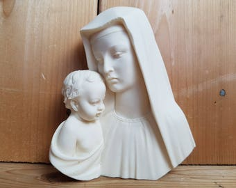 Vintage Virgin Mary and Baby Jesus Peaceful Mother and Child Cream Resin Statue Religious Gift Catholic Shower Baptism Gift Christian