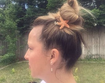 FREE SHIPPING - Beachy starfish hair clip