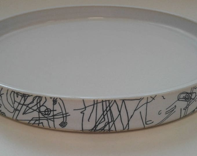 Ceramic serving dish by Gosia Wlodarczak in collaboration with Maria Lieberman