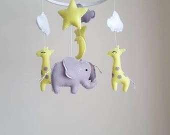 Baby mobile, Elephant giraffe mobile, elephant mobile, giraffe mobile, baby mobile, safari mobile, nursery mobile, crib baby mobile
