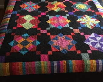 Queen AmishWithATwist Quilt