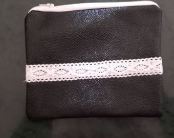 CLUTCH FAUX BLACK AND WHITE