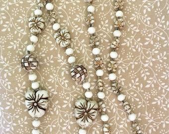 Vintage 1920s Czech Neiger Bros. Ivory Glass Pansy Bead Necklace