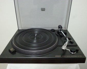 Vintage Hitachi HT351 Direct Drive Semi-Automatic Turntable/Good Working Cond.