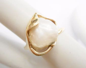 Pearl Ring, Gold Pearl Ring, Tennessee Pearl, Gold Ring, Vintage Rings, 14k Yellow Gold Tennessee Freshwater Pearl Ring Sz 8.75 #3393