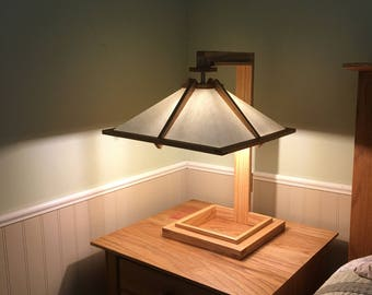 Mission/Craftsman Style, Frank Lloyd Wright Replica table lamp