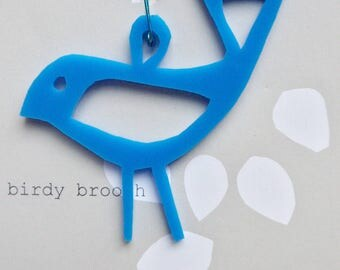 birdy Perspex brooch - powder blue  opaque perspex brooch, bird brooch, acrylic brooch, laser cut brooch, unique gift, quirky gift, handmade